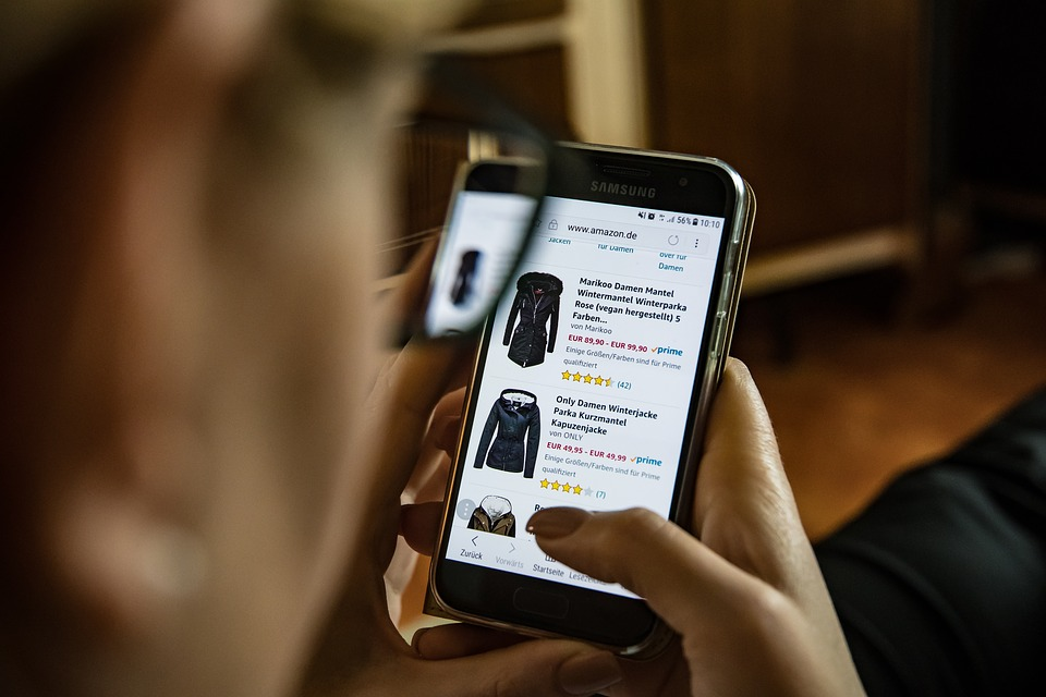 Amazon e-commerce: quali vantaggi dal mercato on line?