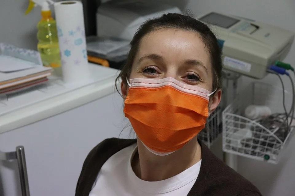 Semplificazioni e agevolazioni per la produzione di mascherine chirurgiche
