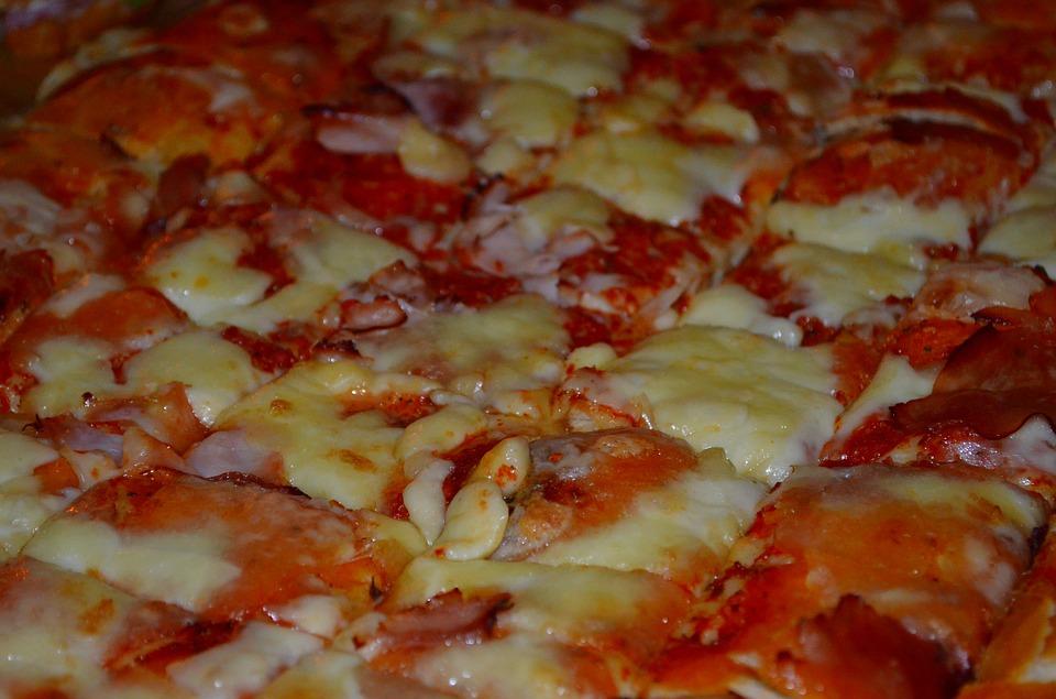Pizzerie da asporto, oltre 70 adempimenti per avviare l'attività