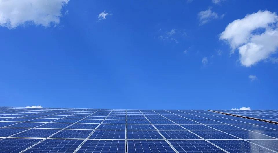 Transizione energetica, coinvolgere le PMI, responsabili del 60% del gas serra